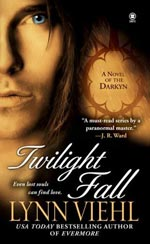 Twilight Fall by Lynn Viehl Cover Picture